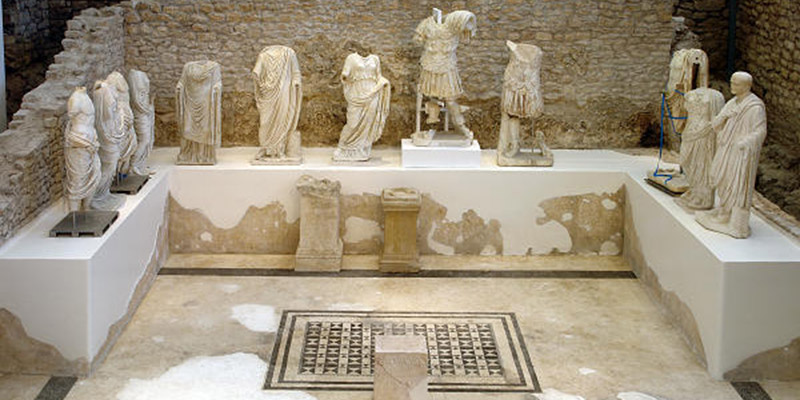 Archeological museum, keeps 900 artifacts from the site of the ancient Narone, archaeological site in Vid near Metkovic.